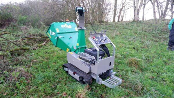 GL&D Titan Tracked Woodchipper working in Devon