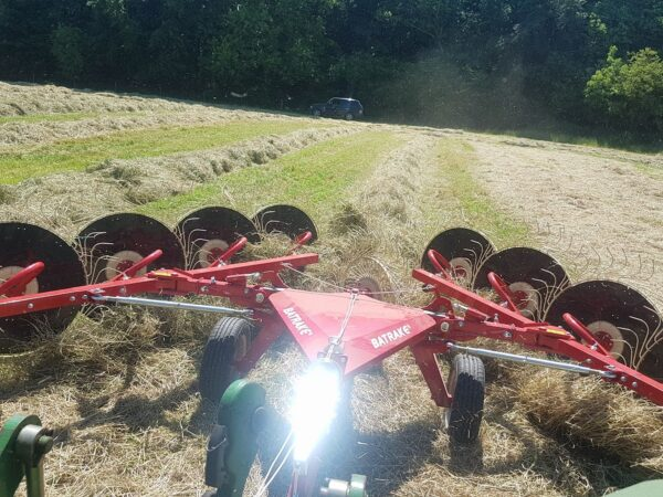 Enorossi Batrake V-Rake raking hay in the UK and Ireland