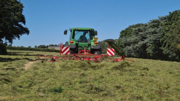 Enorossi Vortex 4 Rotor Tedder working with Headland Kit in the UK and Ireland