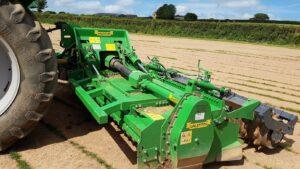 Valentini Raider 4.7m working in Devon on a Turf Farm